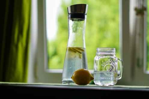 lemon-water-refreshment-fruit-juice-162783.jpeg